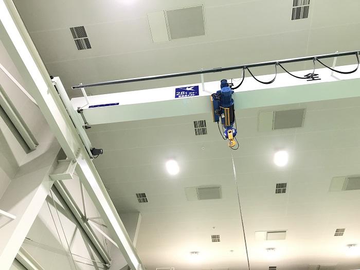 天井クレーン2.8t