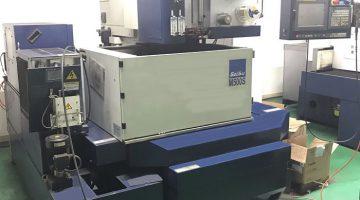 浸漬形ワイヤ放電加工機 M500S
